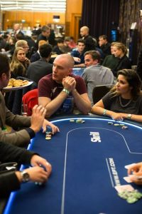 Poker canape